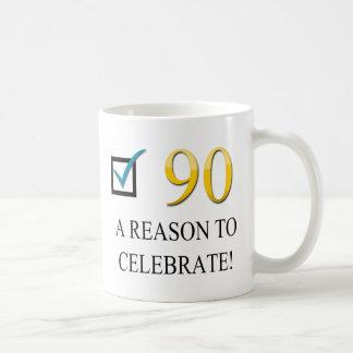 90.o cumpleaños feliz tazas de café
