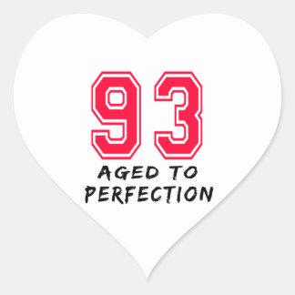 93 envejeció al diseño del cumpleaños de la pegatinas de corazon