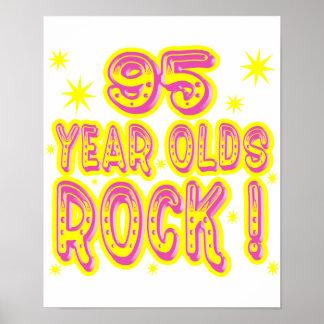 ¡95 años de la roca Impresión rosada del poster