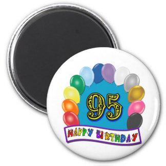 95.o cumpleaños feliz con los globos imán de frigorífico