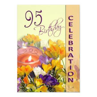 95.o Invitación del fiesta de la celebración del Invitación 12,7 X 17,8 Cm
