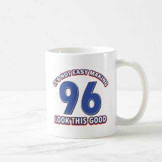 96.os diseños del cumpleaños taza básica blanca