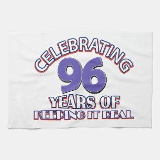96.os diseños divertidos del cumpleaños toallas