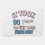 98.os diseños del cumpleaños del año toallas de mano