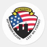 9-11 escudo de la bandera americana del World Pegatina Redonda
