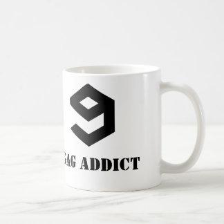 9GAG addict mug