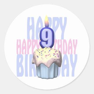 9no Cumpleaños de la magdalena del cumpleaños Pegatina Redonda