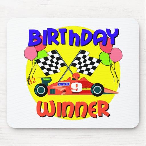 9no Cumpleaños del coche de carreras del cumpleaño Alfombrilla De Ratones