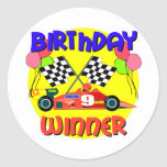 9no Cumpleaños del coche de carreras del Pegatina Redonda