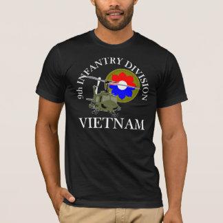 9no Veterinario de la identificación Vietnam Playera