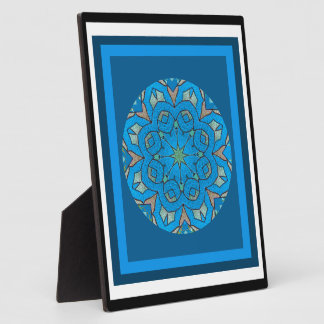 A05 Kaleidoscopic Celtic Knot Plaque with Easel