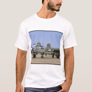 A26 Invader. (plane;a26_WWII Planes T-Shirt