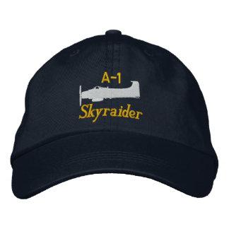 A-1 Skyraider (color claro solamente) Gorra Bordada