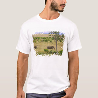 A African Elephant grazing in the fields of the 2 T-Shirt