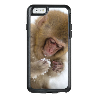 A baby Japanese Macaque (or snow monkey) OtterBox iPhone 6/6s Case