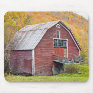 A barn in Vermont's Green Mountains. Hancock, 2 Mouse Pad