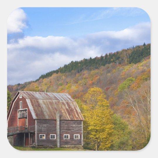 A barn in Vermont's Green Mountains. Hancock, 3 Square Sticker