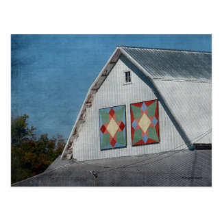 A Barn With Two Quilts Postcard