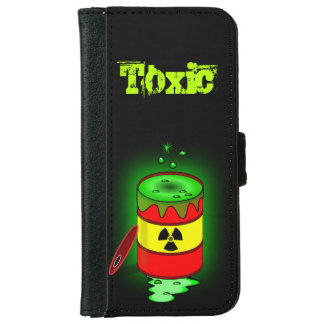 A Barrel of Toxic Waste. iPhone 6/6s Wallet Case