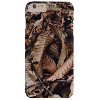 A bed of dried brown autumn leaves barely there iPhone 6 plus case