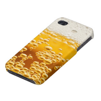 A beer in hand iPhone 4/4S cover