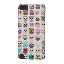 A Bunch of Cute Owls Design iPod Touch 5G Cover