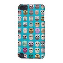 A Bunch of Cute Owls Design iPod Touch (5th Generation) Cover