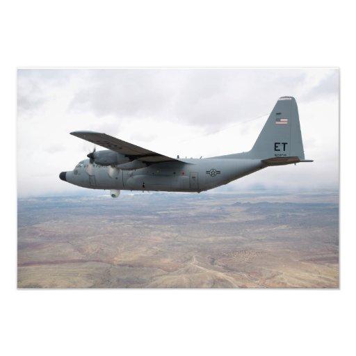 A.C. - 130 Hércules se eleva a través del cielo Impresiones Fotograficas