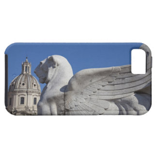 A carved winged lion at the front of the Victor iPhone SE/5/5s Case