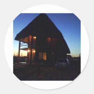 A casinha dos sonhos... classic round sticker