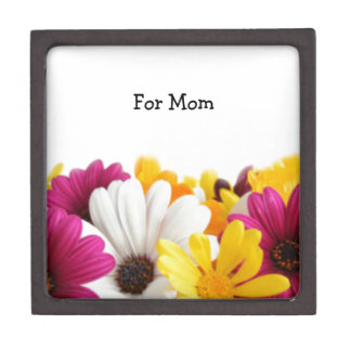 A Charming Bouquet Of Flowers Jewelry Box