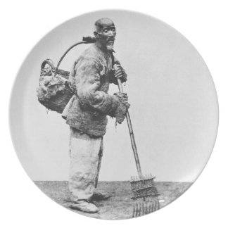 A Chinese day labourer, c.1870 (b/w photo) Melamine Plate