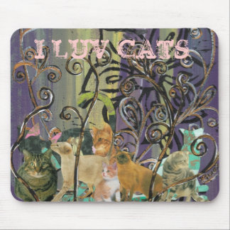 A Cluster of Cats Mouse Pad