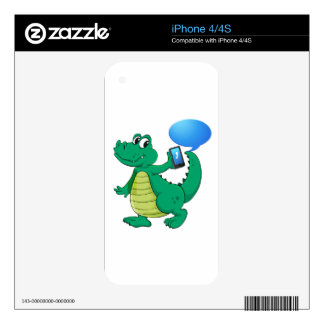 a crocodile with cell phone skin for the iPhone 4S