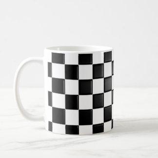 A cuadros blanco y negro taza básica blanca