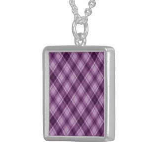 a cuadros, púrpura colgante cuadrado