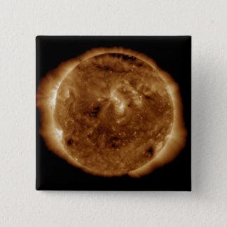 A dark rift in the sun's atmosphere button