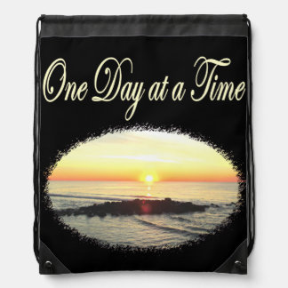 A DAY AT A TIME SUNRISE PHOTO DRAWSTRING BAG