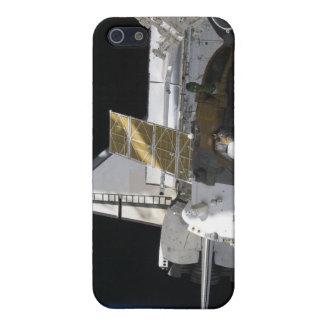 A docked Soyuz spacecraft iPhone SE/5/5s Case