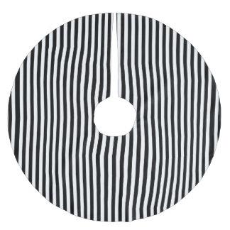 A Elegant Black and White Modern Stripes Brushed Polyester Tree Skirt
