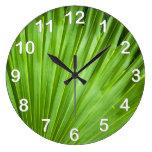 A Fan of Green Clock