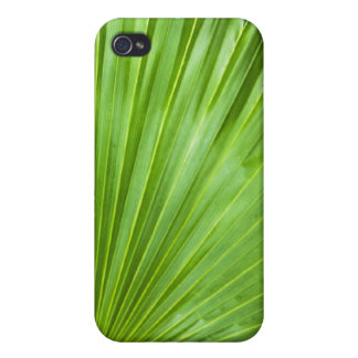 A Fan of Green Covers For iPhone 4