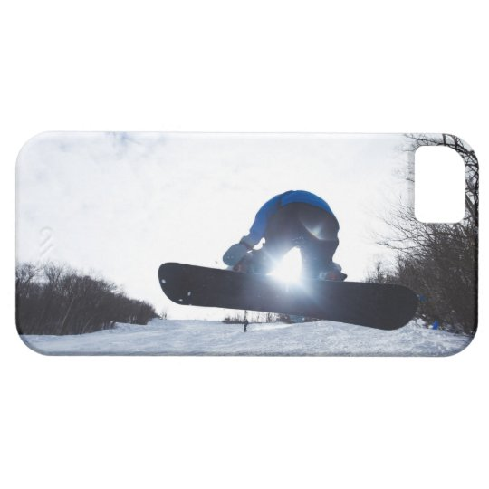A female snowboarder takes air in New Hampshire. iPhone SE/5/5s Case