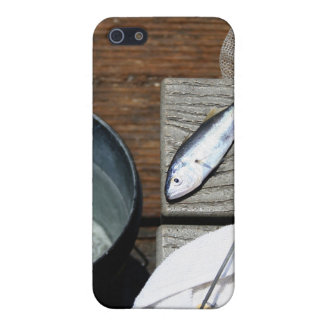 A Fisherman's Catch iPhone SE/5/5s Cover