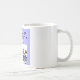 a funny waiter joke coffee mug