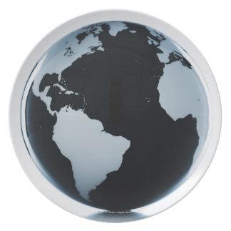 A globe 3 plate
