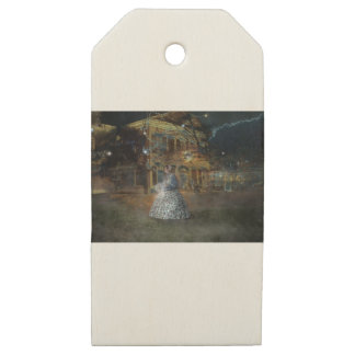 A Haunted Tale in Dahlonega Wooden Gift Tags