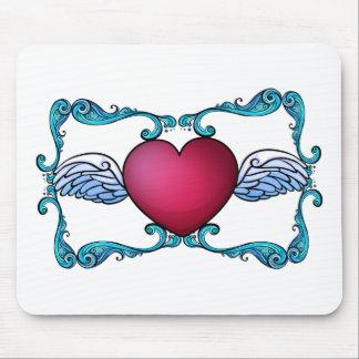 A heart decor mouse pad