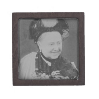 A Jubilee Portrait of Queen Victoria (1819-1901) L Premium Gift Boxes