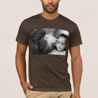 A Kiss For O Men's AltApp Basic Crew T-Shirt